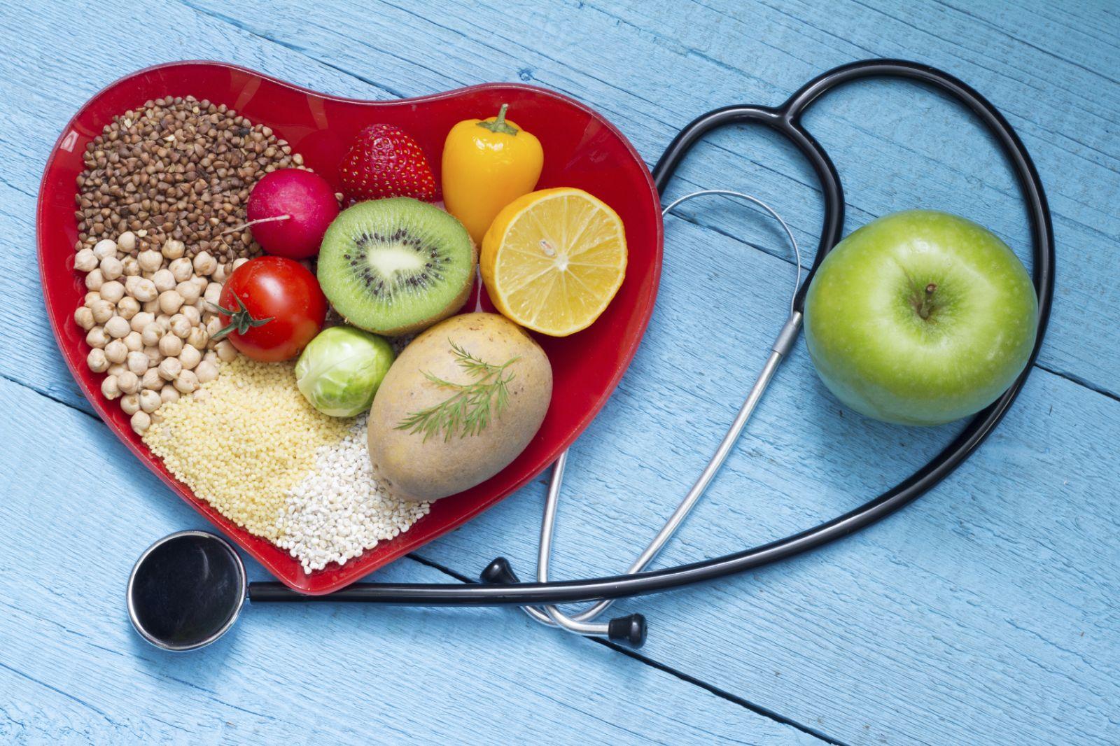 Có thể gợi ý cho tôi 1 số thực phẩm giảm cholesterol không #cholesterol ?